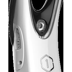 Le halo City est équipé d'une prise USB permettant de recharger un smartphone tout en utilisant l'e-scooter.